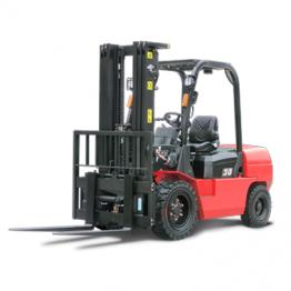 Diesel Forklift 3tons Nissan Engine TD 27 Okanura Transmission Triplex Mast 4.5m