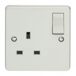 Single Switched Socket 13 Amp Wall 1 Gang Plug Electric (White)