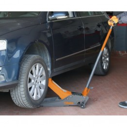 Lowered Hydraulic Jack, 2t, with 4 wheels, 3029/2T
