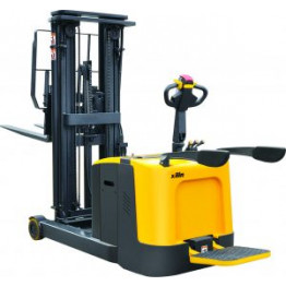 Rider Counterbalanced Battery Powered Reach Stacker - CQD12R
